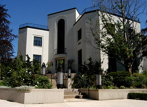 Art deco house toronto