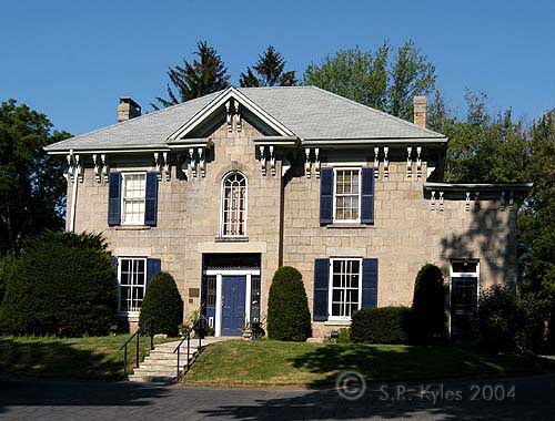 Italianate Ancaster