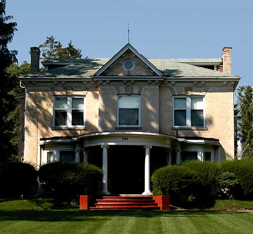 Italianate House in Simcoe